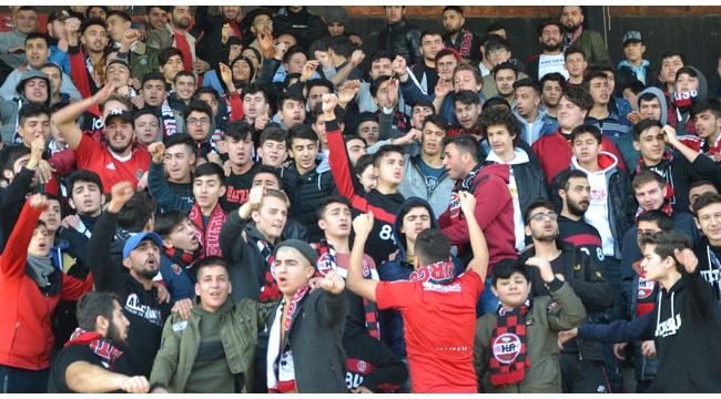 Turgutluspor'un evinde oynadığı 8 lig maçını 8192 seyirci izledi