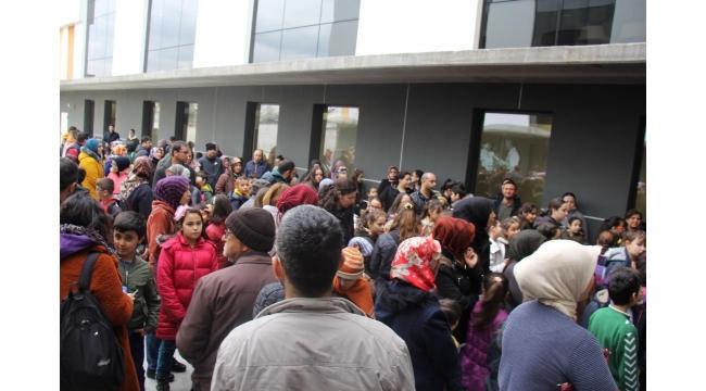 Bilgikent'in bursluluk ve tanışma sınavına 2500 öğrenci katıldı
