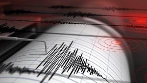 Manisa'da 5.2 büyüklüğünde deprem!