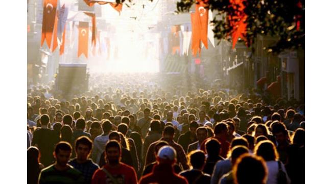 Türkiye'nin %52,4'ü mutlu, %70'i umutlu