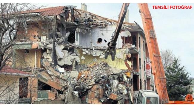 Manisa'da ağır hasarlı 151 binanın yıkımı tamamlandı