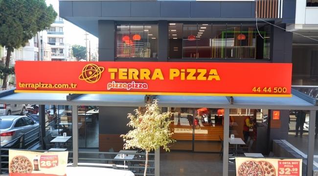 Terra Pizza hizmete devam ediyor