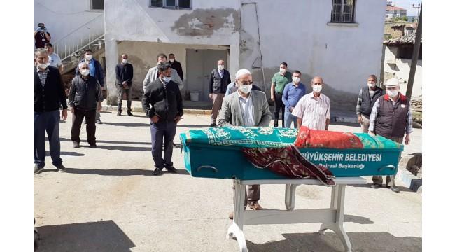 Öldürülen 17 yaşındaki kızın cenazesi defnedildi