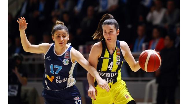Fenerbahçe, Turgutlulu Olcay'ın sözleşmesini uzattı