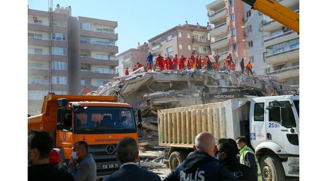 Bakan Koca, İzmir depremine ilişkin son durumu paylaştı