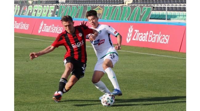 Turgutluspor kupada Süper Lig takımını eledi: 1-2