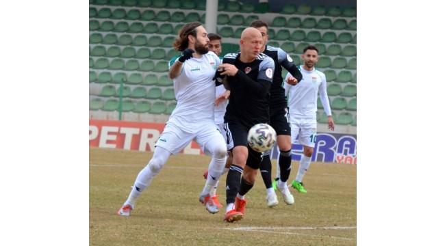 Turgutluspor Kırşehir deplasmanında kayıp: 2-0