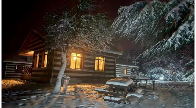 Yağan kar ile birlikte Spil'e koşanlar önce sevindi, sonra üzüldü
