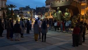Roman vatandaşlardan 'şehit' protestosu