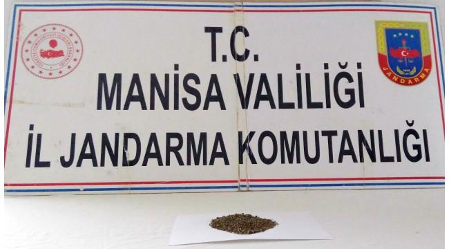 Uyuşturucuyla yakalanan 2 şahsa, kısıtlama ihlalinden 6 bin 300 TL para cezası