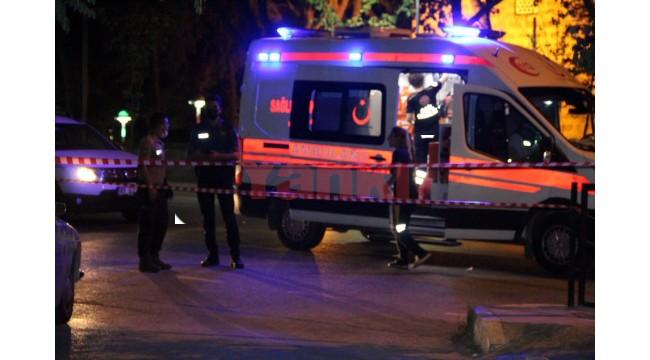 Manisa'da bıçaklı kavgada 1 kişi ağır yaralandı