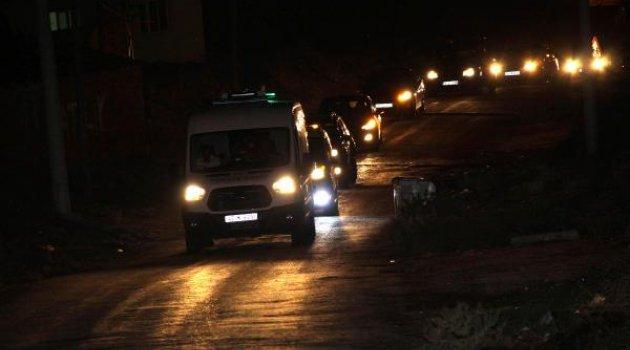 Ankara'da ölen 2 kişi Saruhanlı'da toprağa verildi