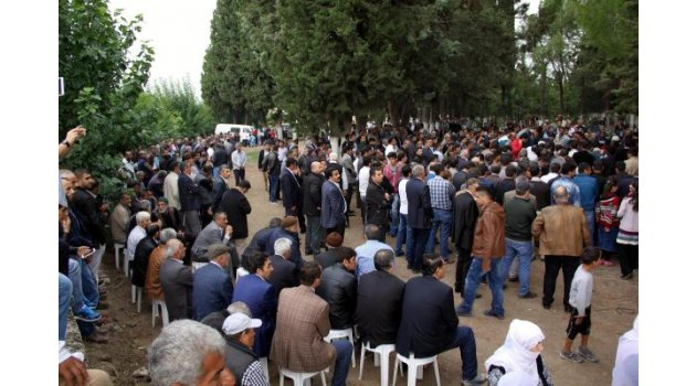 Ankara'da ölen inşaat işçisi toprağa verildi
