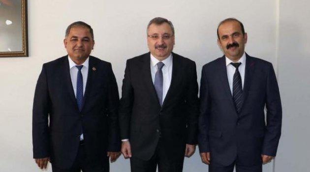 AK Parti'den MHP'ye geçti, koordinatör oldu