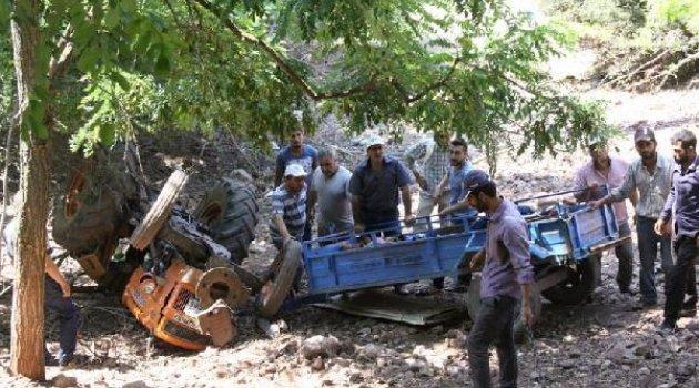 Piknik yolunda traktör kazası: 1 ölü, 12 yaralı