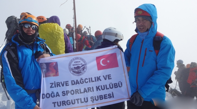 Turgutlu Zirve Dağcıları Antalya Kızlar Sivrisi'ne (3070m.) çıktı