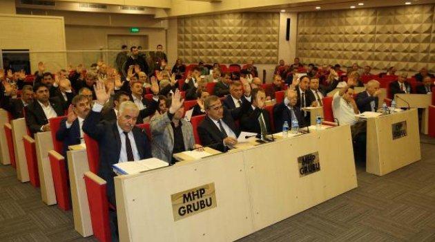 Manisa Büyükşehir Meclisi'nde AK Parti çoğunluğunu kaybetti