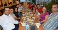 Sadıklar Ailesi geleneksel iftar yemeğinde Gamalı Köftecisi'nde